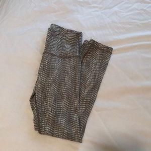 Lululemon Wunder Under 7/8 length leggings